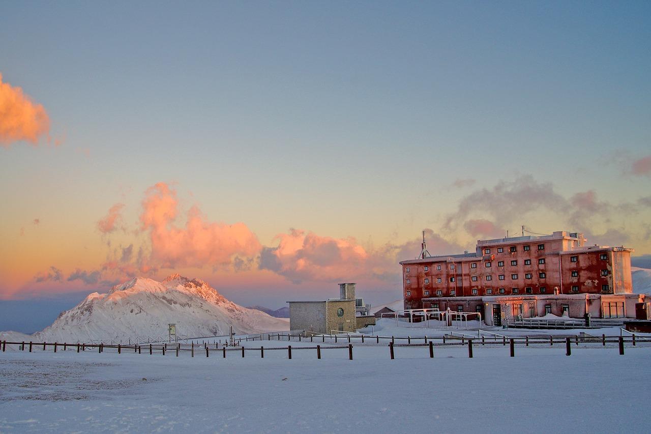 Vacanze in abruzzo | Itinerario Montagna Campo Imperatore