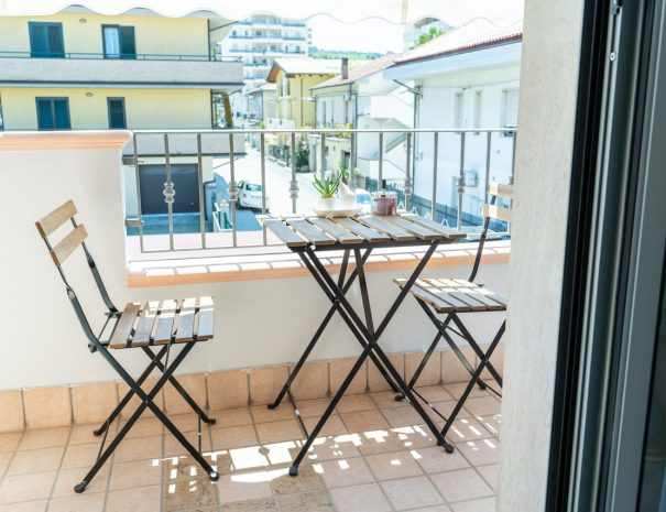 le_camere_bb_baldacci_terra_balcone